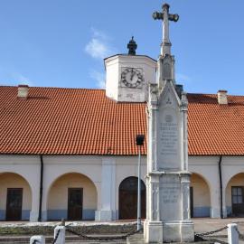 Pomnik ku czci Tadeusza Kościuszki w Staszowie
