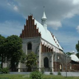 Kościól pw św Piotra i Pawła w Beszowej